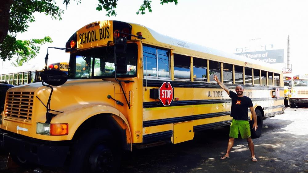 _bus_jaune_.jpg