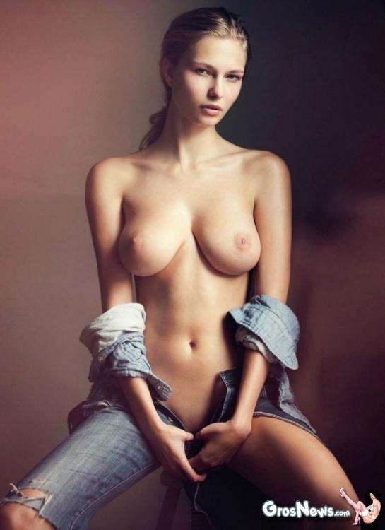 top-beaux-seins-monde-10.thumb.jpg.ce754294de788d2d187d61a4f4560140.jpg
