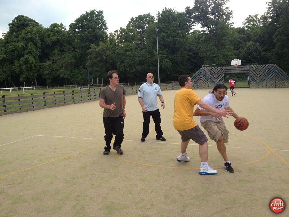 Moundir, Matthieu, Favelas, OlivierP au basket