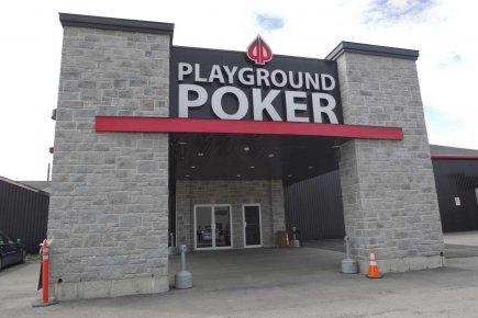 playground phoyo de devant.jpg
