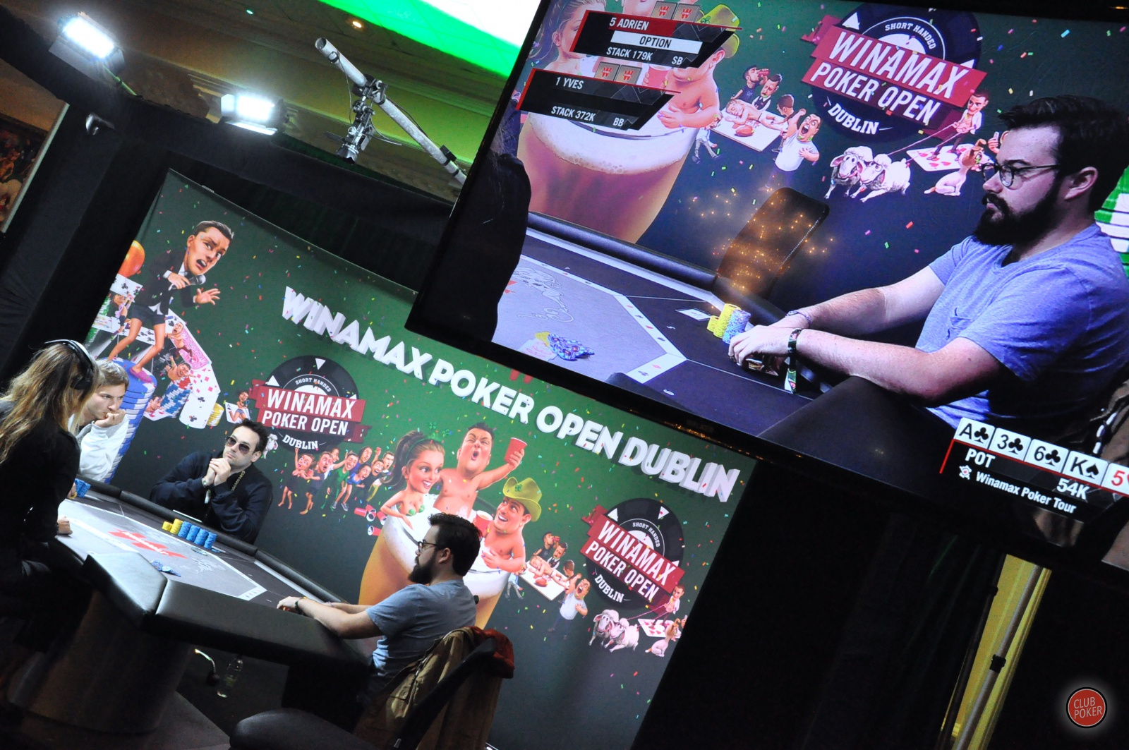 large.adrien_table_TV.JPG.ce7bec70bbcccf