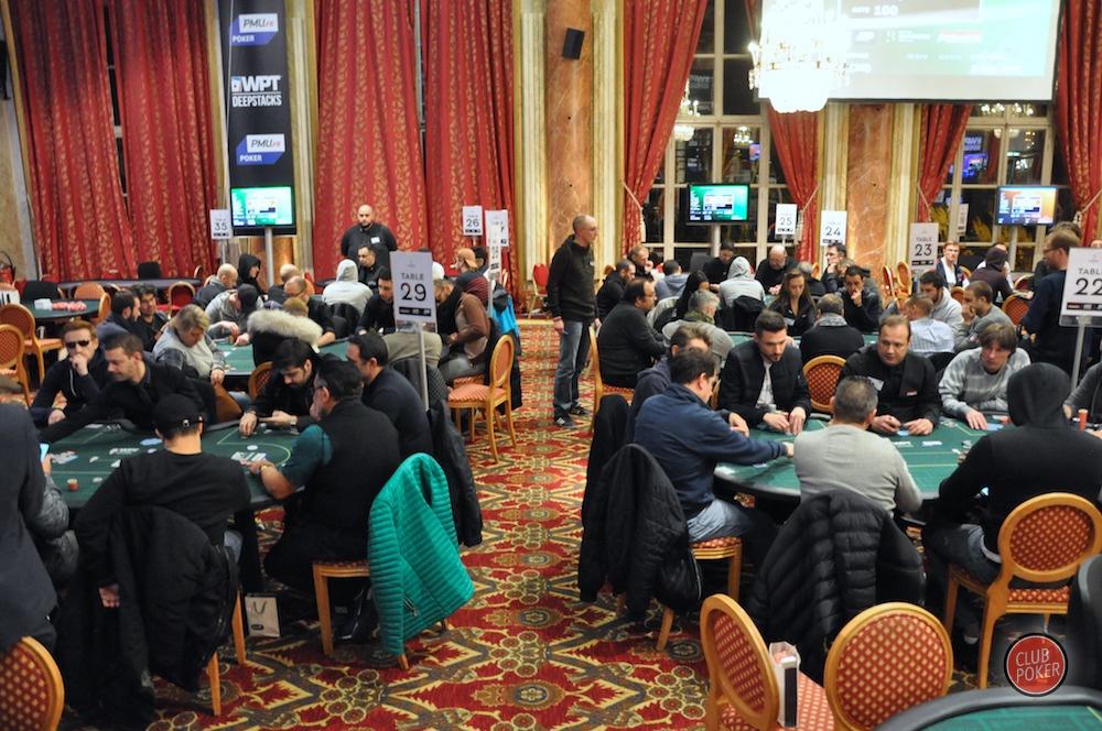 large.6_tables.JPG.083e00fabf6b3f10d0f7a
