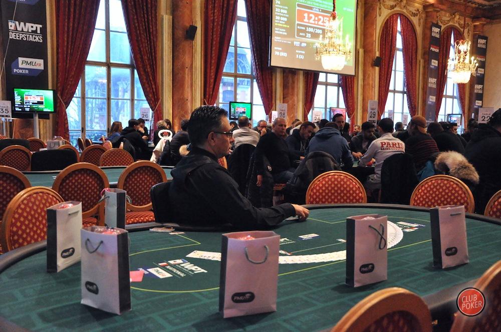 large.dealer_table_vide.JPG.2ecaae5e9b8b