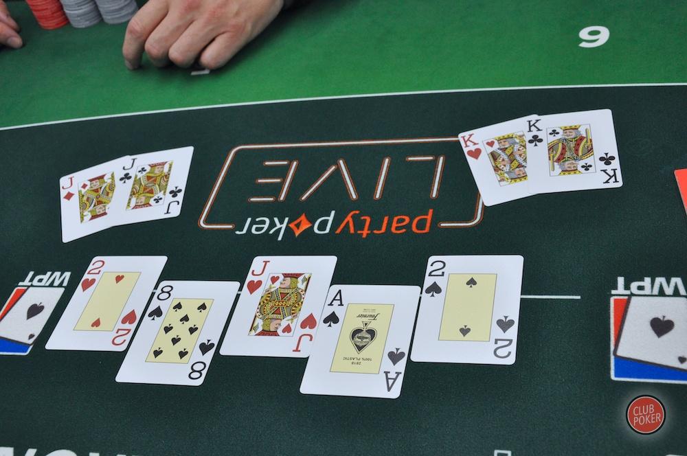 large.board_bulle.JPG.3f1394eca6afdcf323