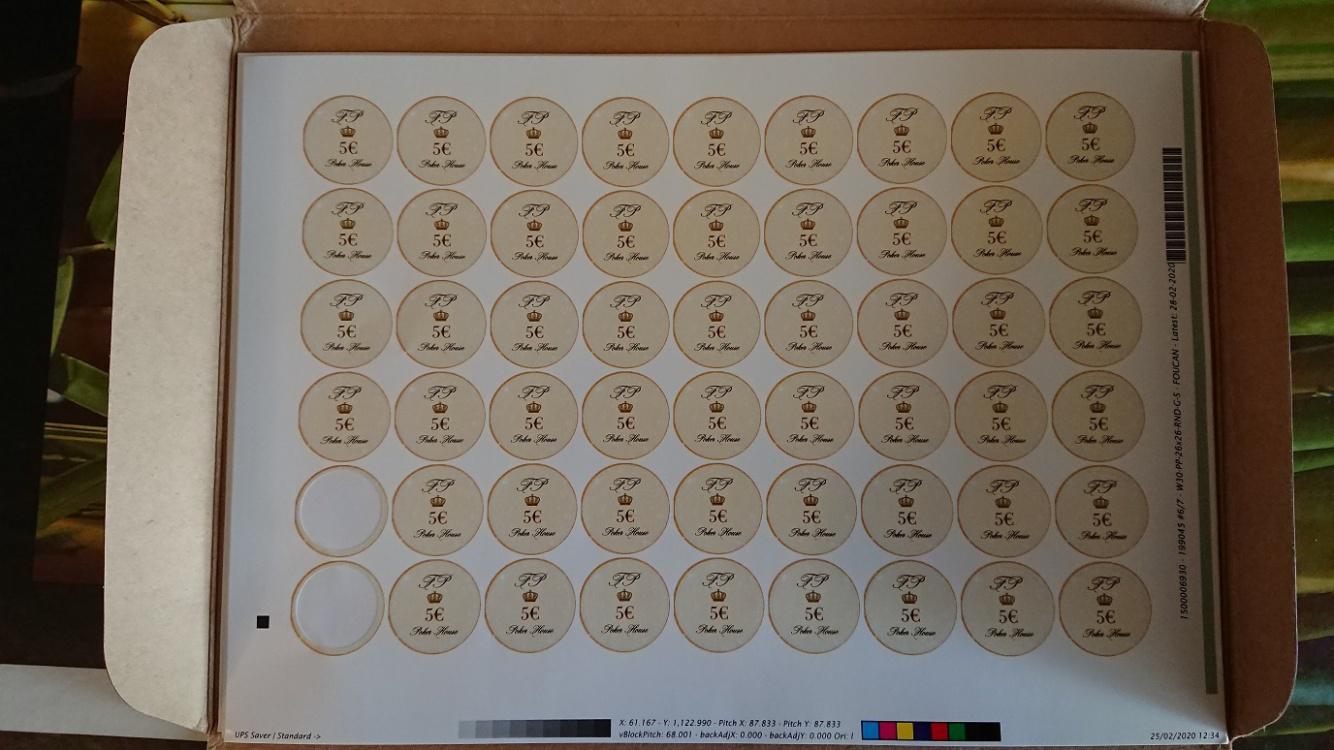 Plaquette_stickers_Pupuce_5e_small(2).thumb.jpg.6d08a5cd06523bbac1ab99849711f5d8.jpg
