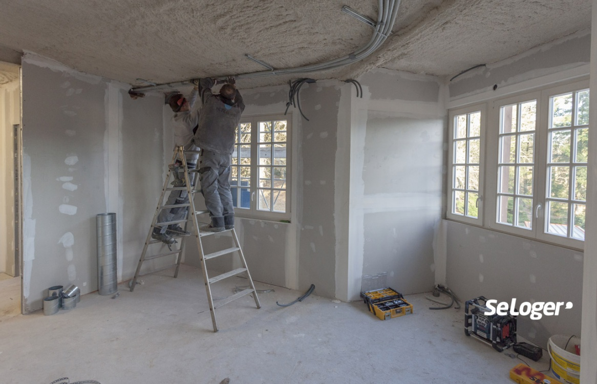renovation_immeuble_ancien.thumb.jpg.bfc097b97682cb80e358f43c7d2fe54c.jpg
