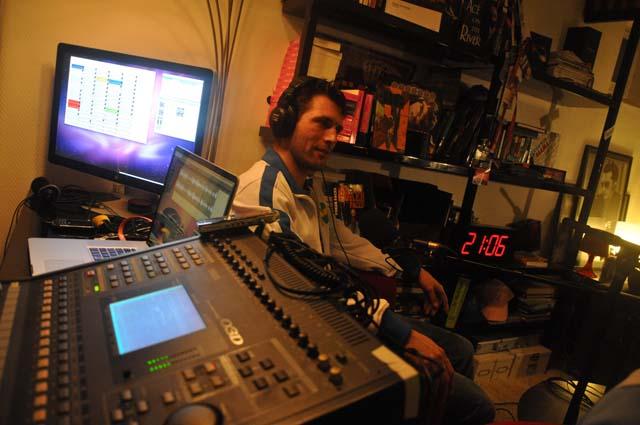 xmoon cp radio.jpg