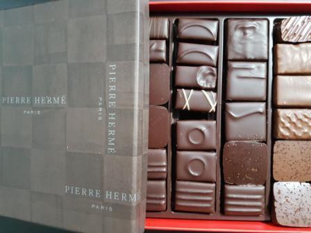 Chocolats.jpg.2cd1bebcedba7bae8d777257de01eb2a.jpg