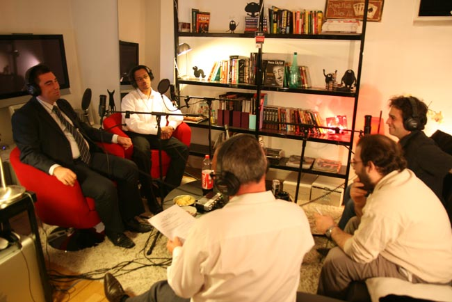 Ambiance-Radio-Club-Poker-2.jpg