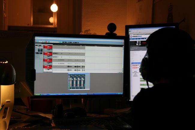 Introl-Radio-Club-Poker.jpg