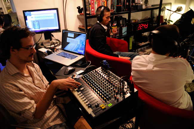 Studio-Club-Poker-Radio-9280.jpg