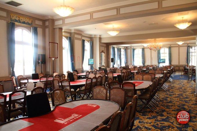 Casino de forges les eaux poker russian roulette karaoke