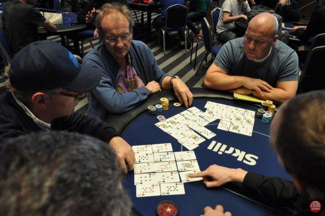 Coliseum poker maringa