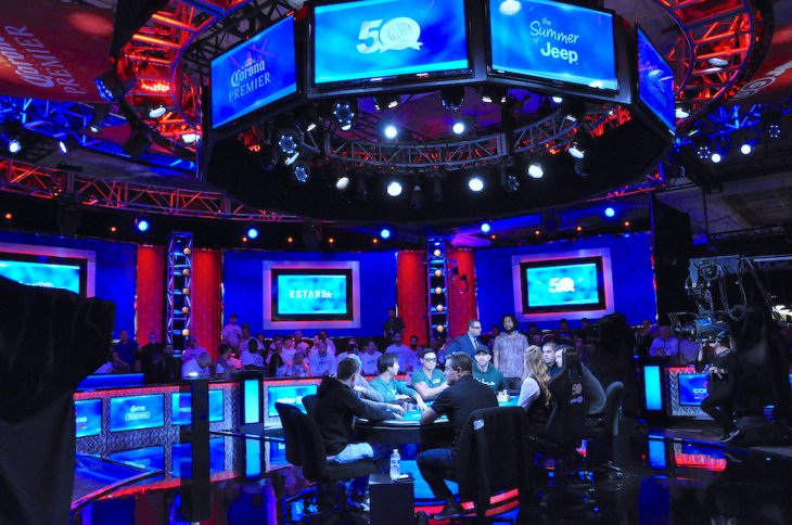 WSOP : Hossein Ensan domine toujours la table finale du Main Event